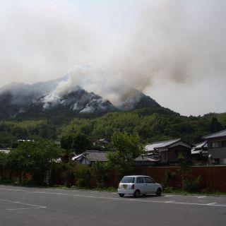 【ツーリング先の写真】四国での山火事。良くある事らしいです。